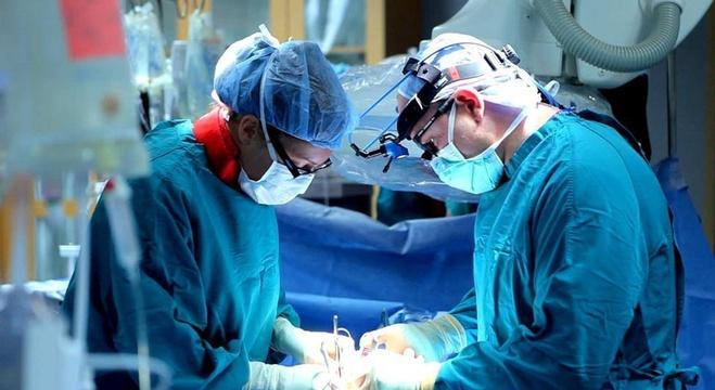 عملية-جراحية