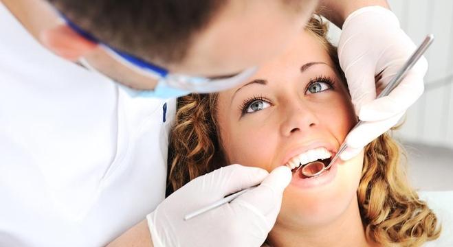 طبيب-الأسنان