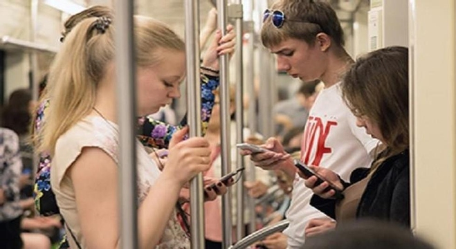 بوكيمون في مترو موسكو