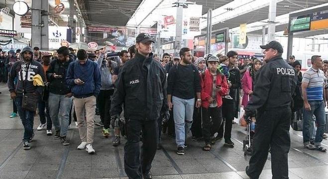 وصول دفعة من المهاجرين إلى ميونيخ - ألمانيا