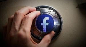 فيسبوك  تختبر برنامج