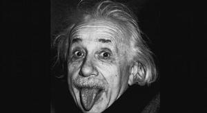 اينشتاين ..حياة عبقر