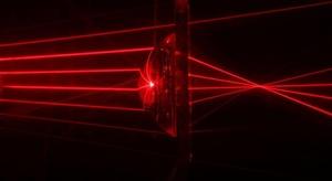 الصين تنشر أشعة ليزر