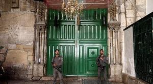 إسرائيل تغلق أبواب ا
