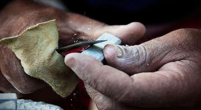 أدوات حجرية غامضة قد تكشف أصل البشر