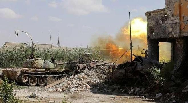 دبابة تابعة للجيش الوطني الليبي