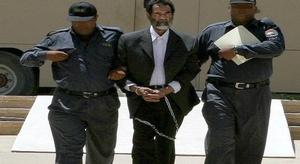 محامي صدام حسين يكشف